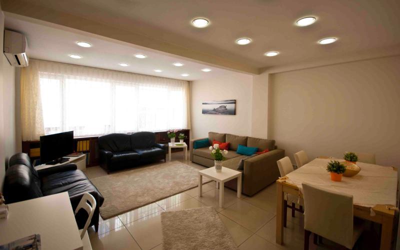 Living room - Harbiye Arnika Otel - Istanbul - rentals