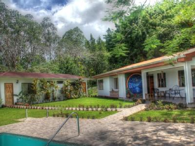 Nuevo Arenal - Tropical Lake Luxury Living! - Image 1 - Nuevo Arenal - rentals