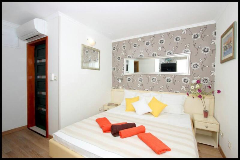 Pjaceta Marileo Double Room 1 - Image 1 - Split - rentals