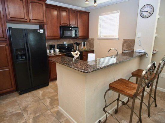 Lovely 3 Bedroom 3 Bathroom Condo in Bella Piazza. 907CP-924 - Image 1 - Kissimmee - rentals