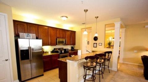 Gorgeous 2 Bedroom 2 Bath Ground Floor Executive Condo. 5036SL-105 - Image 1 - Orlando - rentals