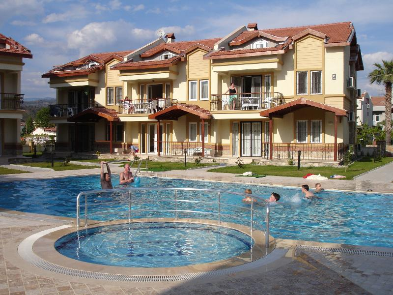 Complex and Pool area - Gûnes  Apartment, Kaya Park - Fethiye - rentals