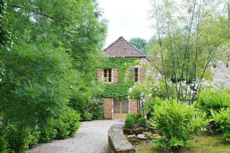 """External view - Ancient Stone Barn   -  """"Rouge""""  2 bedrooms sleeps - Cazillac - rentals"""