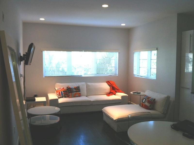 Lofty South Beach Living:High Ceilings & Hardwoods - Image 1 - Miami Beach - rentals