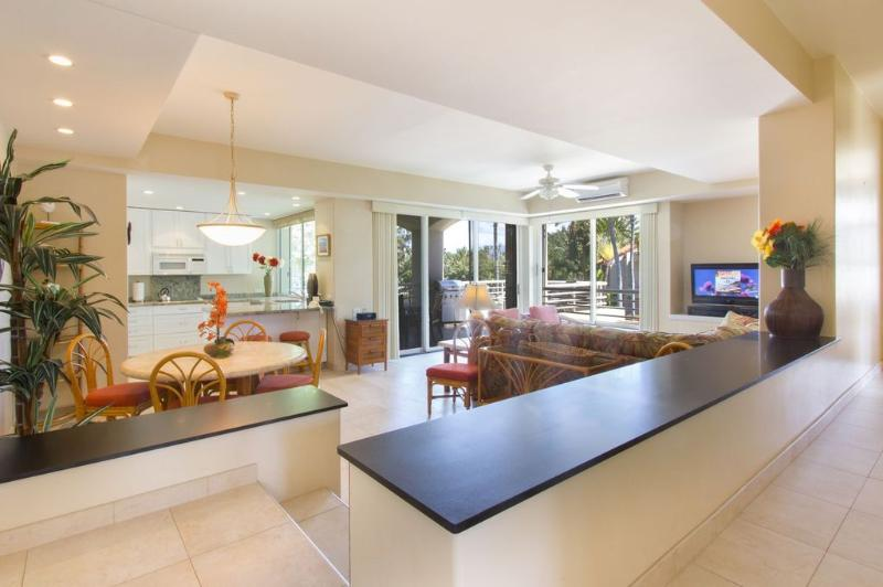 Recently remodeled!  Absolutely beautiful!!! - Beautifully remodeled 2 bedroom!Near pool and spa! - Wailea - rentals