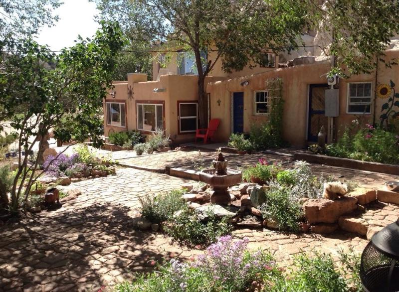 Rental unit and adjacent community kitchen. - Santa Fe Charming Adobe Casita on Turquoise Trail - Santa Fe - rentals