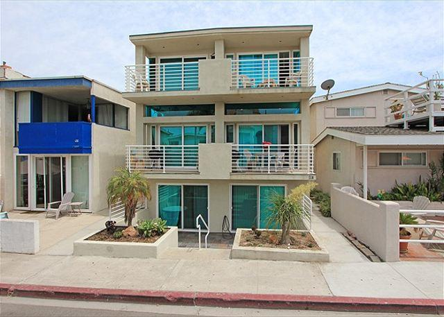 Modern Condo 5th House from Beach! Ocean Views! (68229) - Image 1 - Newport Beach - rentals