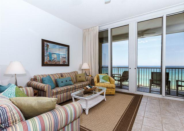 Newly redecorated living room featuring lots of colorful throw p - WE 614: Top floor & DIRECTLY on the Gulf-WiFi, balcony, pool, beach service - Fort Walton Beach - rentals