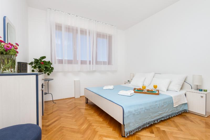 Jazzmin – city center apartment - Image 1 - Split - rentals