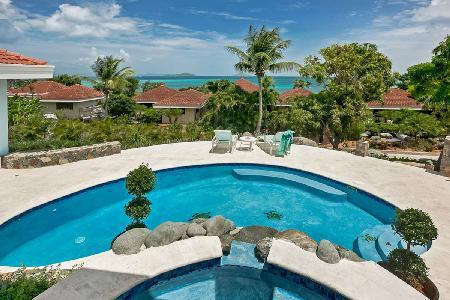 Tranquil ocean view Blue Lagoon- Zen garden, pool, putting green, near beach - Image 1 - Mahoe Bay - rentals