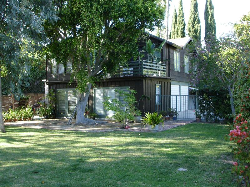 Exterior Guesthouse - Beverly Hills Estate Guesthouse - Beverly Hills - rentals