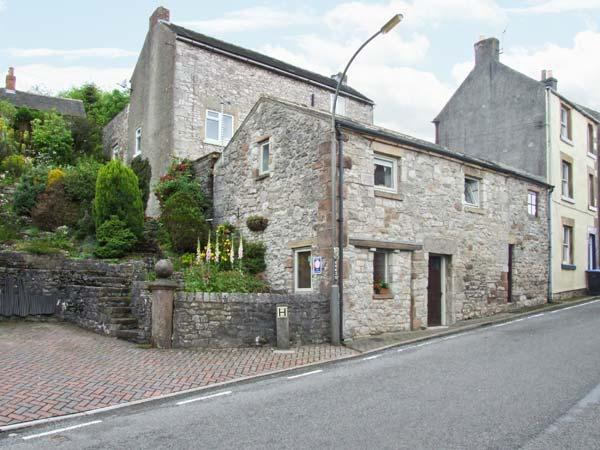 THE BARN, village centre cottage, close pub, WiFi, patio with views, ideal touring base, Middleton Ref 27858 - Image 1 - Middleton - rentals