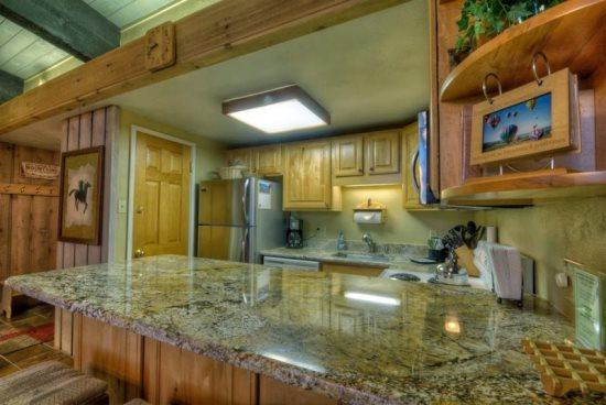 Fully Equipped Kitchen, Granite Countertops, Stainless Steel Fridge - Storm Meadows C413 - Steamboat Springs - rentals