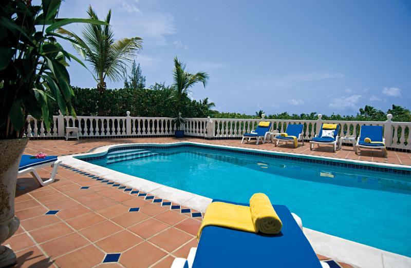 Belle Mer...Orient Beach, St. Martin - BELLE MER...  hillside villa, 3 min to Orient Beach! - Orient Bay - rentals