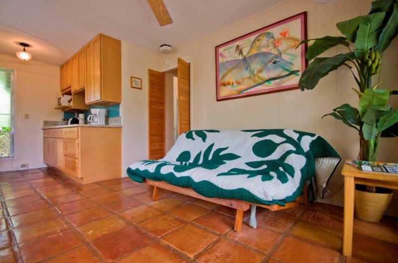 Garden Suite living /dining/ kitchen room - Suite open:   8/24-31, 9/12-20, 10/1-6,10/15-18,+ - Kailua - rentals