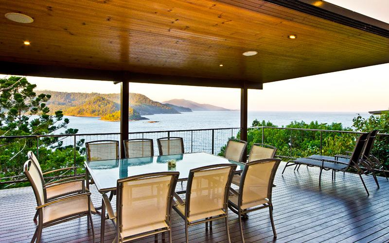 OCEAN FRONT LARGE HOUSE BLUE PEARL - Image 1 - Hamilton Island - rentals