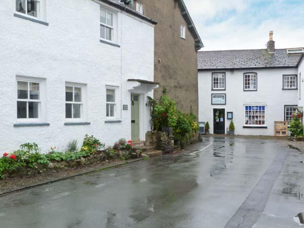 WHARTON COTTAGE, Rayburn range, WiFi, patio, close to Lake Windermere, Ref 913904 - Image 1 - Cartmel - rentals