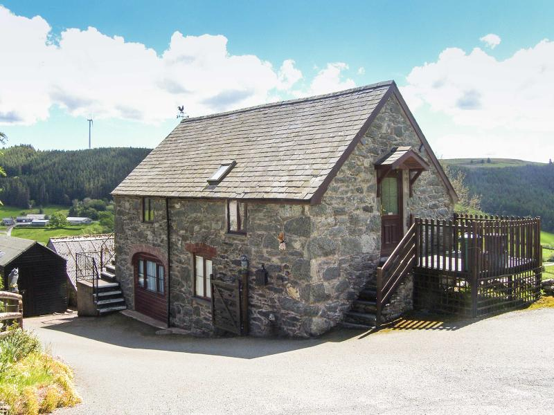 Y BWTHYN detached with a balcony, superb views in Bala Ref 913999 - Image 1 - Bala - rentals