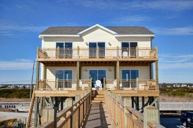 1310 New River Inlet Road - New River Inlet Rd 1310 Oceanfront! | Newly Built in 2012, Electric Fireplace, Internet - North Topsail Beach - rentals