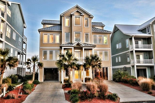 Twilight Shot - Ocean View Ln 104 Oceanfront! | Internet, Elevator, Jacuzzi, Fireplace - North Topsail Beach - rentals