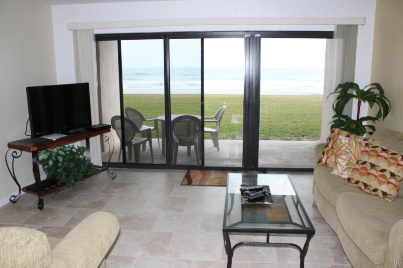 Living Room - 30 feet from the Beach - Stylish Southwind 1st fl Oceanfront Renovated 2013 - New Smyrna Beach - rentals