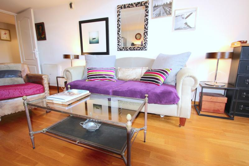 Well proportioned, quiet and comfortable South facing Place Massena apartment. - Nice one bedroom apartment Place Massena France - Nice - rentals
