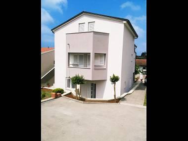 house - 35633  A2(2+2) - Medulin - Medulin - rentals