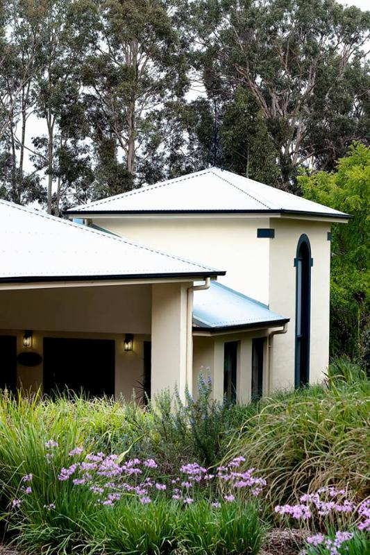 Pokolbin Country House Luxurious Nine Bed/Bathroom - Image 1 - Pokolbin - rentals