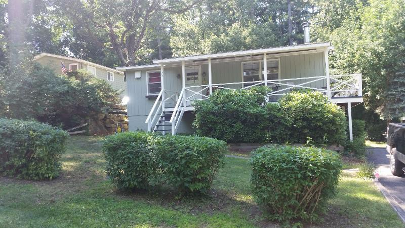 Front of house - Outdoor getaway hunting,fishing,skiing..relaxation - Copake - rentals