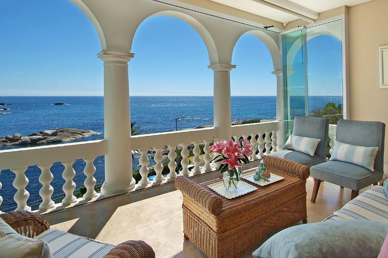 5 Bedroom, 5 Bathroom Luxious  Villa in Camps Bay - Image 1 - Cape Town - rentals