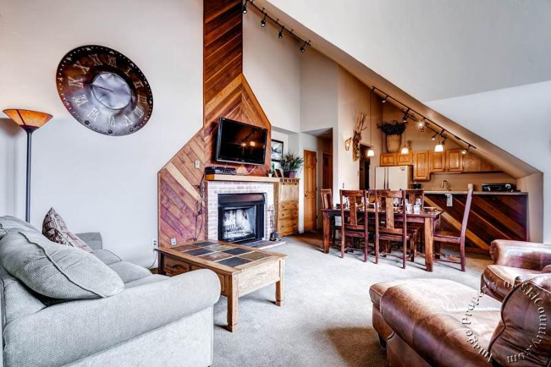 Ski Country Penthouse 4 by Ski Country Resorts - Image 1 - Breckenridge - rentals