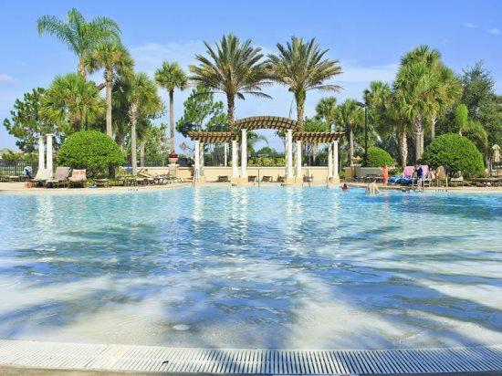 3 Bedroom 3 Bath Townhome with Splash Pool in Windsor Hills. 7652OS - Image 1 - Orlando - rentals
