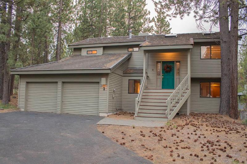 1 Shadow Lane - Image 1 - Sunriver - rentals