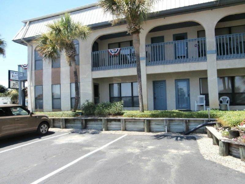 Outside view - Fishing Village Condo - Carrabelle - rentals