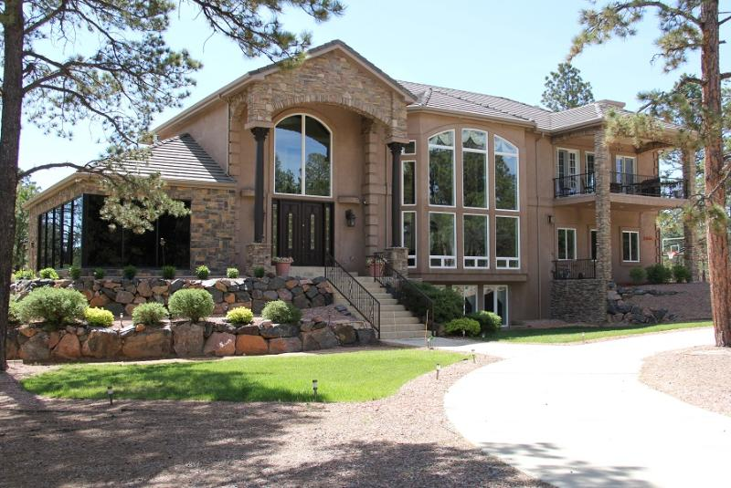 Main Entrance. Private Gated Community where all homes are on lots 2.5 Acres or greater. - Luxurious 7,844 SF Home, Gated Community, Colo Spr - Colorado Springs - rentals