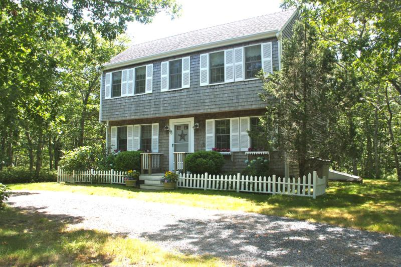 Exterior of House - PARRH - Adorable and Immaculate Saltbox Home,  Ideally located close to Edgartown Center and Beaches. - Edgartown - rentals