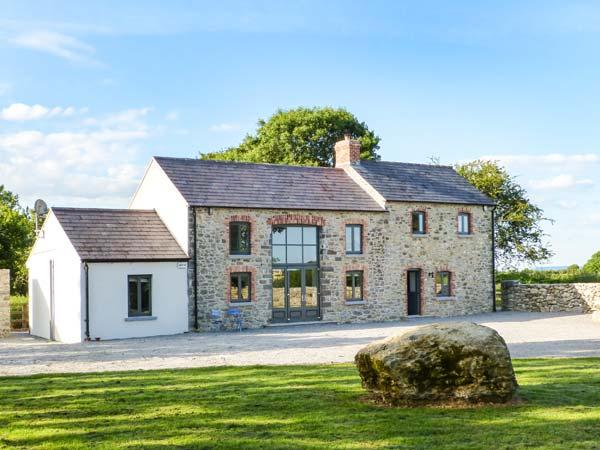 LISMAKEERA LODGE, multi-fuel stove, WiFi, wonderful views, great base for walking, Ref 914946 - Image 1 - Adare - rentals