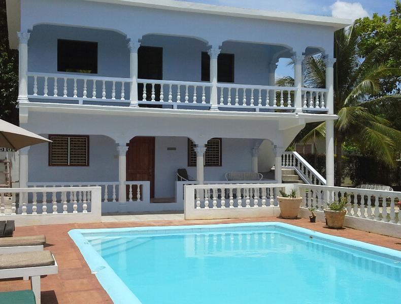 Tamarind is on the ground floor - Tamarind Studio Apartment with Swimming Pool and minutes from Ocho Rios - Ocho Rios - rentals