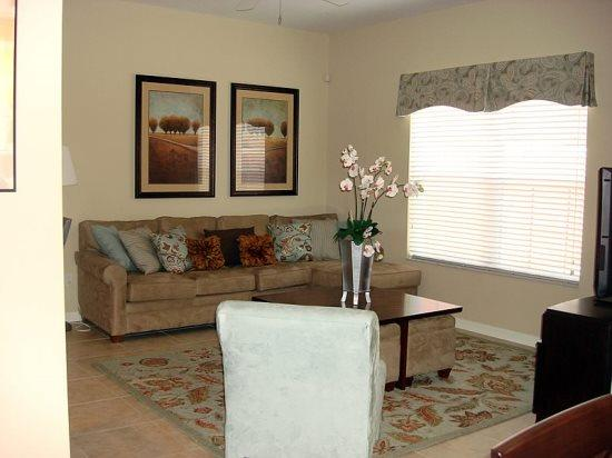 4 Bedroom 3 Bathroom Town house in Kissimmee Resort. 8972CPR - Image 1 - Orlando - rentals
