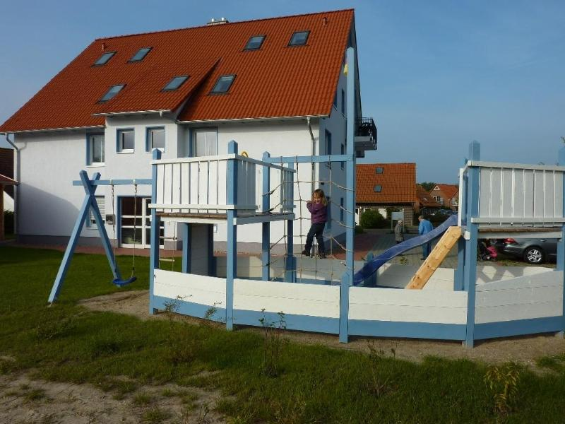 Vacation Apartment in Rerik - 1171100441 sqft, high-quality, large, ideal (# 5259) #5259 - Vacation Apartment in Rerik - 1171100441 sqft, high-quality, large, ideal (# 5259) - Rerik - rentals