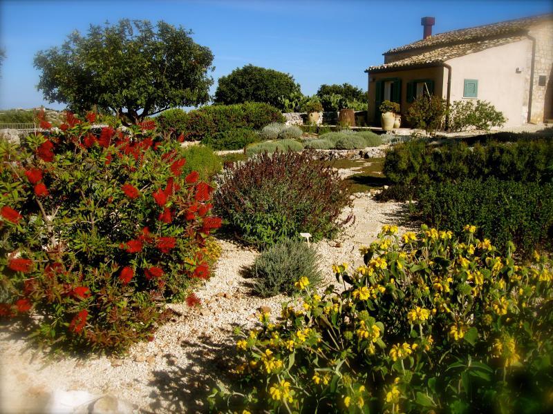 Sicilian Farmhouse Restored Into Luxury Villa - Image 1 - Modica - rentals