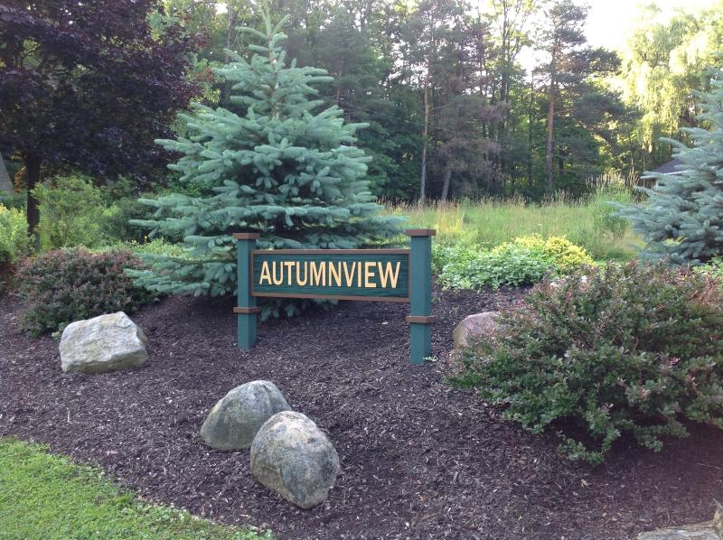 Autumnview Lodging - Autumnview Lodging (Pet Friendly) - East Aurora - rentals
