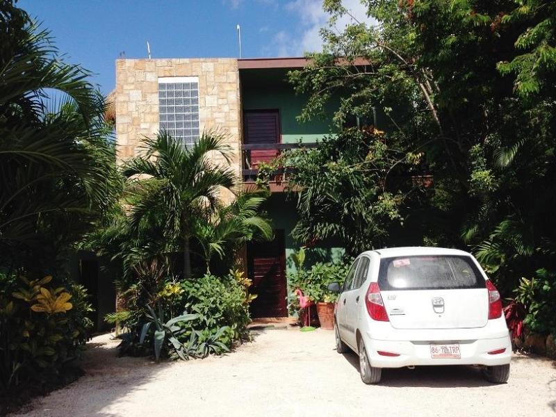 Beautiful Garden Entrance with parking, Best deal in Tulum - Luxury Studio Apartment with Pool Sleeps 3 - Tulum - rentals