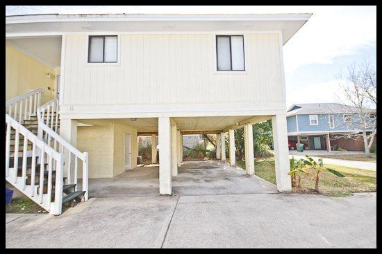 exterior view - Walkin` the Plank - Tybee Island - rentals