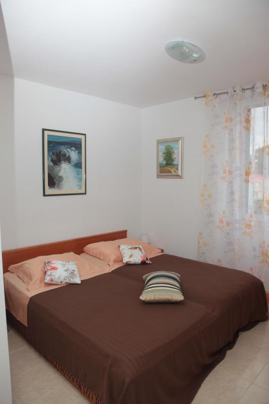 Studio apartment Ivo (2) - Image 1 - Racisce - rentals