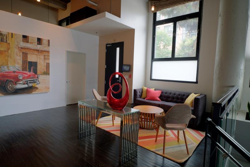Modern - Hip - Impressive LA Loft - 3 bd/3 bth - Image 1 - Los Angeles - rentals
