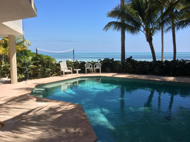 Private Beachfront Paradise - Image 1 - Matecumbe Key - rentals