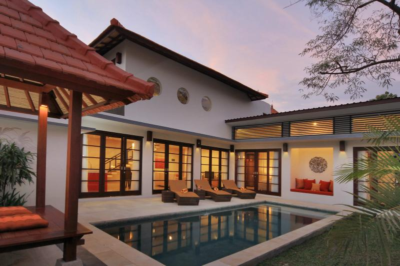 Seminyak Stylish Villa (2) - Image 1 - Kuta - rentals