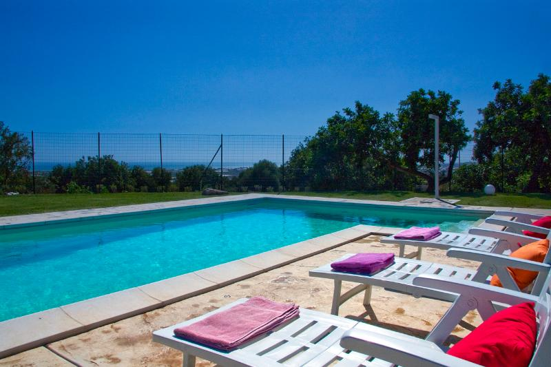 Relax in the pool area - VILLA PUPILLA - Scicli - rentals