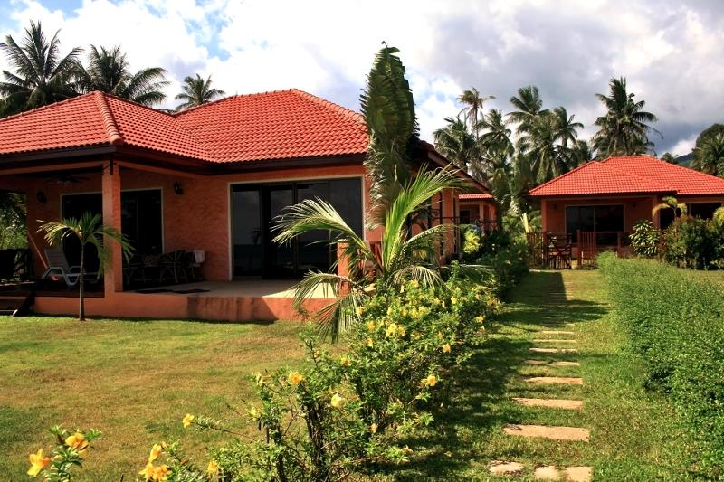 Exteior: 3 houses - 2-bedroom villa on the beach - Koh Phangan - rentals